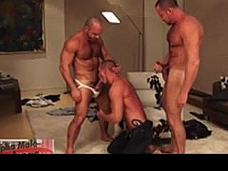 Three Muscled Hunks Eagerly Suck And Rim