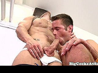 Bigcock Athlete Sucked Off And Rimmed