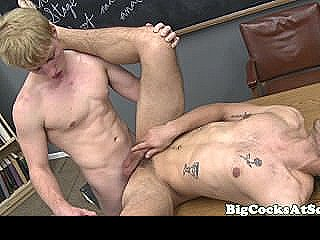 Bigcock Jock Fucking His Tight Ass
