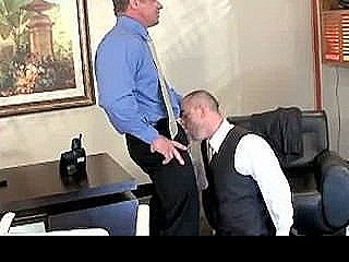 Gay Fucking And Sucking At The Office