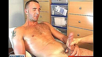 A Sexy French Guy Get Wanked In Spite Of Him !