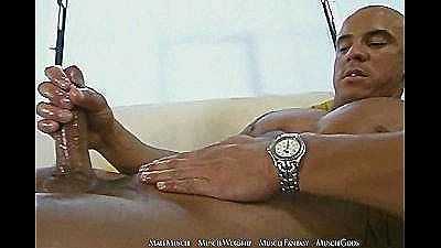 Vin Marco Showing Off The Muscle And Jerk Off