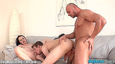 Doughouse European Bisex Hitchhikers 3some