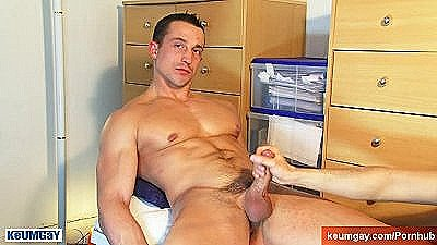 A So Handsome Straight Guy Get Wanked His Huge Cock By A Guy !