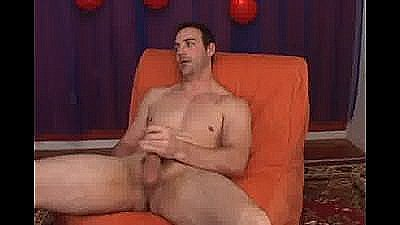 Str8 Hunk Of A Dude Is All Man With Huge Sexy Thighs, He Jacks Of