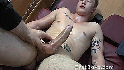 Handjob Adventure 2014 - Blond Muscle Boy