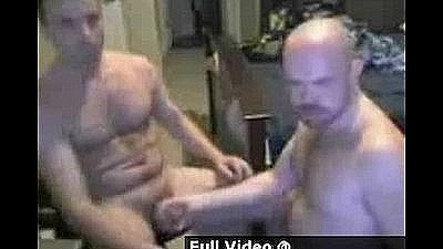 2 Guys 1 Webcam