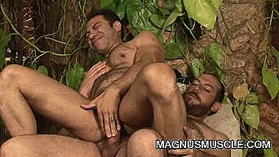 Erick Leony Riding The Bigcock Of Matheus Axell